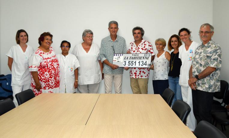 Course La Tahitienne : un chèque de 3,5 millions remis à l'APAC