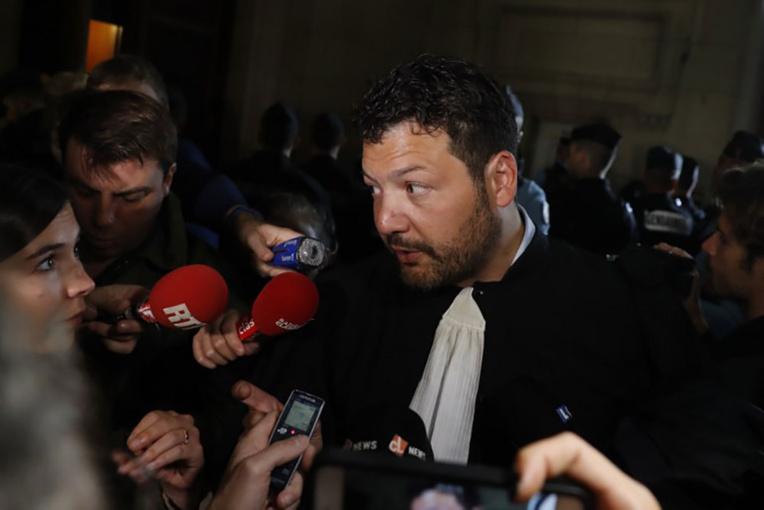 """""""Gilets jaunes"""": les nombreuses interpellations de samedi dénoncées par des avocats"""