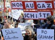 Des milliers de manifestants contre l'exploration du gaz de schiste à Meaux
