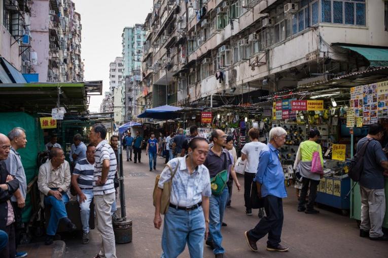 Hong Kong: il fait tomber l'argent du ciel mais il est arrêté