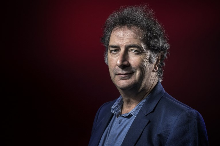 François Morel ressuscite Raymond Devos