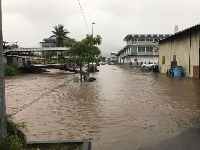 De fortes pluies s'abattent en ce début février sur une grande partie de la Polynésie française et particulièrement sur les archipels de la Société, placé en vigilance orange, et des Australes (centre et ouest).