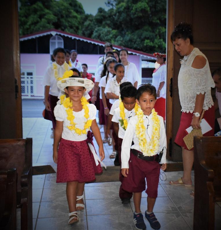 Une vingtaine d'enfants ont animé le culte le soir du réveillon de Noël à Mahina