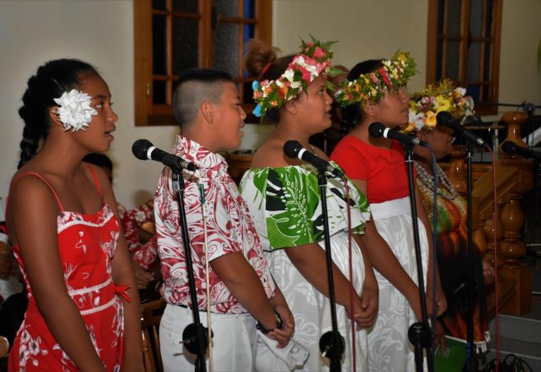 D'autres enfants ont offert de magnifiques chants