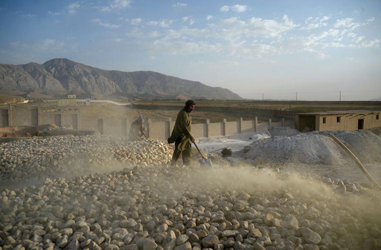Afghanistan: 30 morts dans l'effondrement d'une mine d'or sauvage
