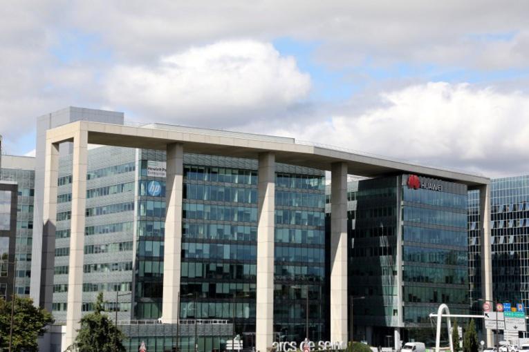 La France se dote d'un supercalculateur équivalent à 15.000 ordinateurs
