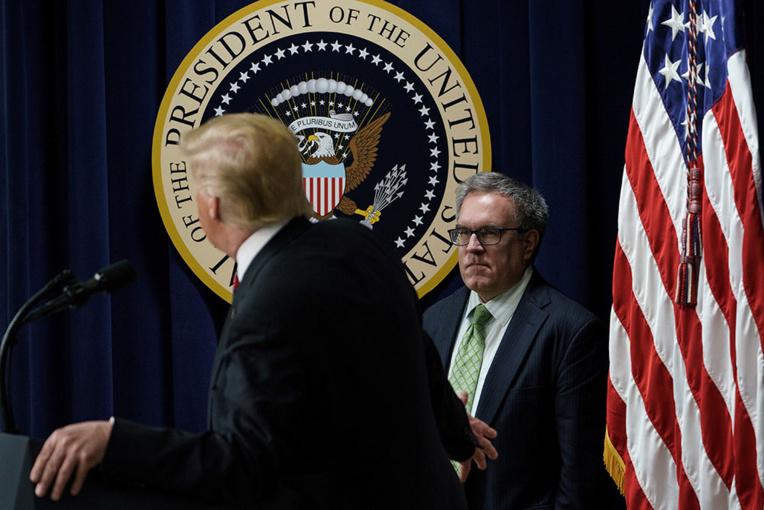 Trump confirme un ex-lobbyiste comme ministre de l'Environnement