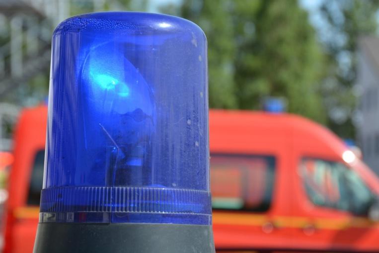 Au volant d'une voiture, un adolescent de 13 ans provoque un accident mortel