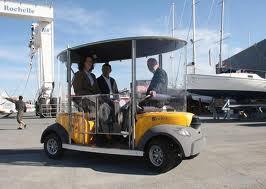 """Première mondiale à La Rochelle pour des """"cybercars"""" sans chauffeur"""