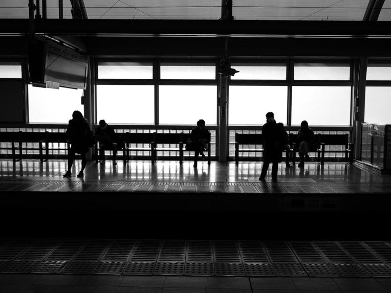 Des nouilles pour les lève-tôt: Tokyo veut des métros moins bondés