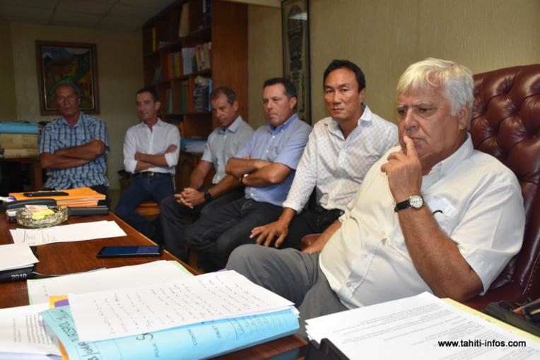 Maîtres Quinquis, Mestres, Jourdaine et Fromaigeat ont confirmé mardi qu'ils envisageaient saisir la cour de cassation d'une demande de dépaysement du procès en appel dans le dossier du crash d'Air Moorea.