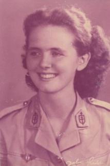Lucette Vidal, jeune infirmière en 1942 (©ONACVG PF fonds Lucette Huck).