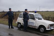 """La Renault 4 de Dany Boon dans """"Rien à déclarer"""" aux enchères"""