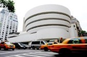 A New York, 100.000 billets d'un dollar pour tapisser le Guggenheim
