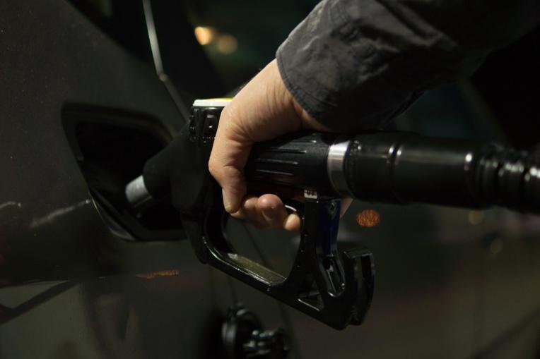 Au pays des voitures électriques, le ministre du Pétrole amoureux de son diesel