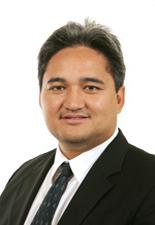 Richard TUHEIAVA demande la réinscription de la Polynésie française sur la liste des territoires non autonomes de l'O.N.U au Premier Ministre François FILLON