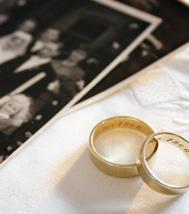 Une jeune femme épouse à titre posthume son compagnon mort en 2009