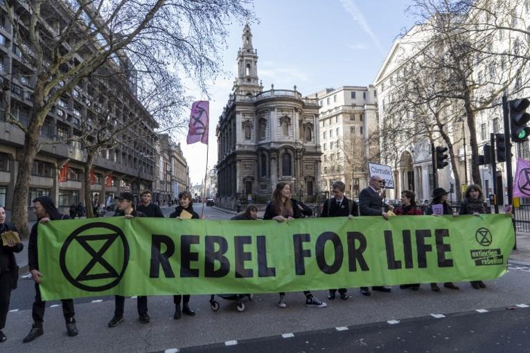 Ces militants climat qui veulent vous faire abandonner l'espoir