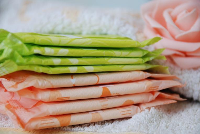Tampons et serviettes: toujours des substances indésirables