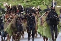 Un jeune Française violée, son compagnon criblé de flèches en Papouasie