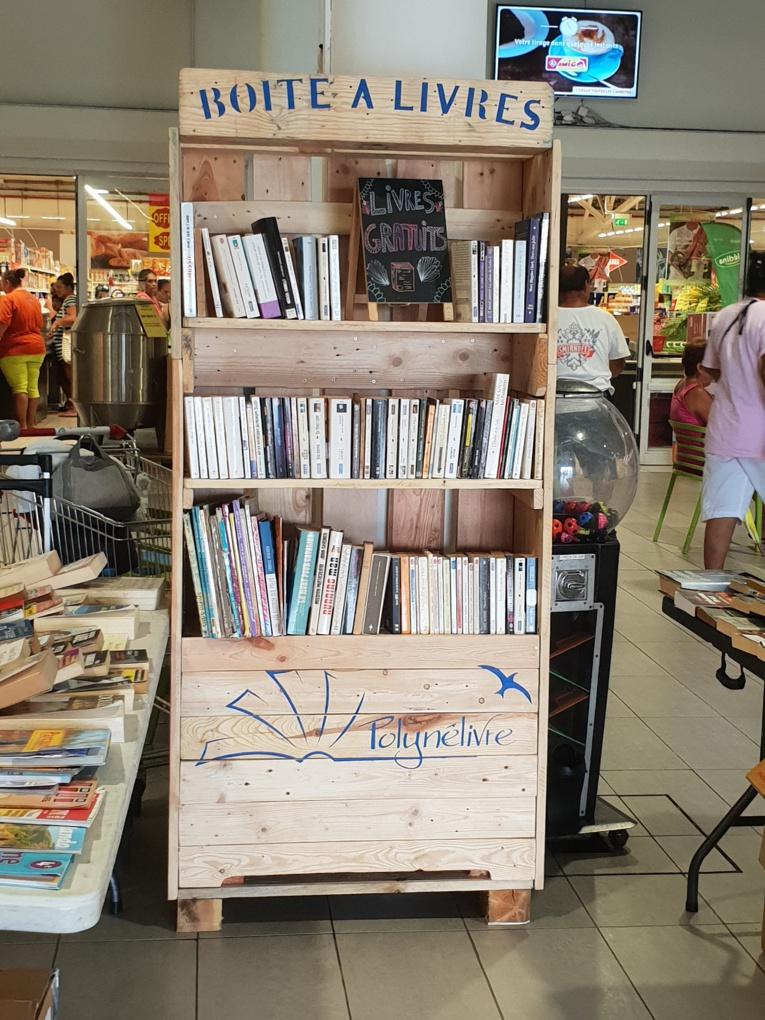 La boîte à livres est gratuite et libre d'accès.
