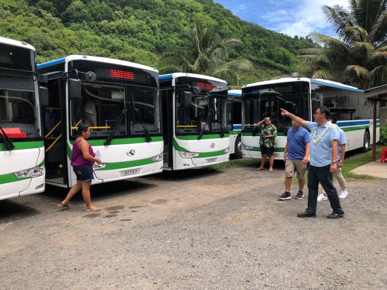 A terme, 112 autobus seront dédiés au transport régulier et 128 pour le transport scolaire. Vingt bus électriques seront mis en circulation dans l'agglomération de Papeete. Un investissement de 4,6 milliards franc est envisagé par RTCT, dont une part en défiscalisation.