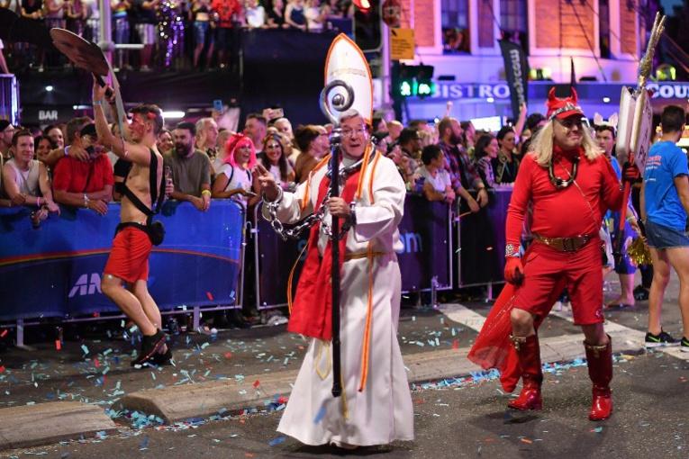 Sydney flamboie pour le Mardi Gras homosexuel