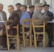 Sieste, poisson, café: les secrets de longévité de l'île grecque d'Ikaria