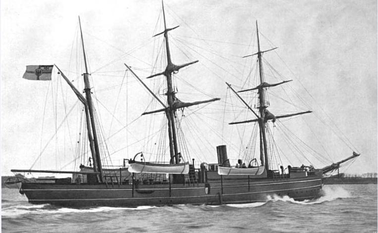Le SMS Eber, que commandait Emsmann lorsqu'il mit un terme, en moins de trois jours, à une guerre qui déchirait Nauru depuis une décennie.