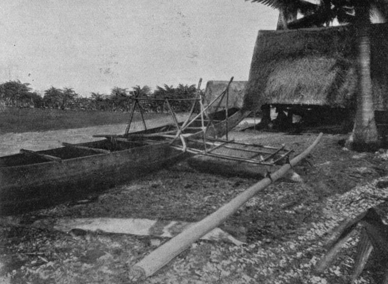 Une pirogue et une maison traditionnelle de Nauru en 1896.