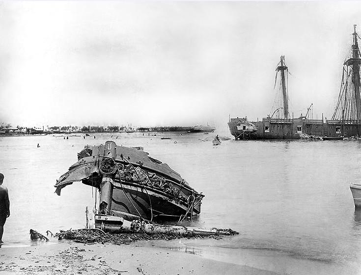 Après le cyclone qui dévasta Apia en  mars 1889, voilà tout ce que l'on retrouva du SMS Eber…