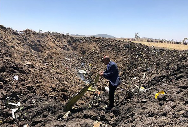 Un Boeing 737 d'Ethiopian Airlines s'écrase, faisant 157 morts