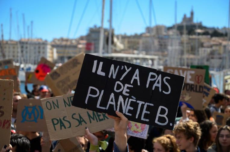 """""""Plus chauds que le climat"""": la jeunesse française répond à l'appel de Greta Thunberg"""