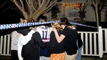 La jeune Australienne, menacée par un engin suspect, hors de danger