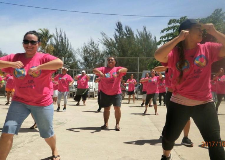 Depuis 2010, différentes enquêtes menées par l'OMS et la direction de la santé, sur la santé des Polynésiens ont révélé que plus de 70% des adultes sont en surpoids et 40% d'entre eux sont au stade de l'obésité.