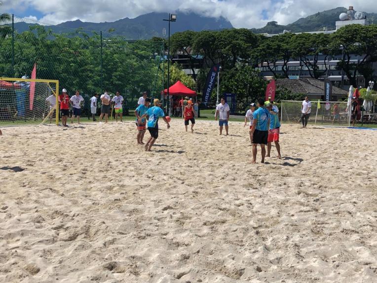 """46 matches ont été organisés pour cet événement en faveur du centre """"Papa Nui""""."""