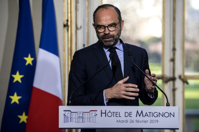 """Grand débat: l'exécutif prendra des décisions """"puissantes"""", affirme Philippe"""