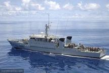 Le patrouilleur La Railleuse rejoint Brest, Arago arrive à Tahiti