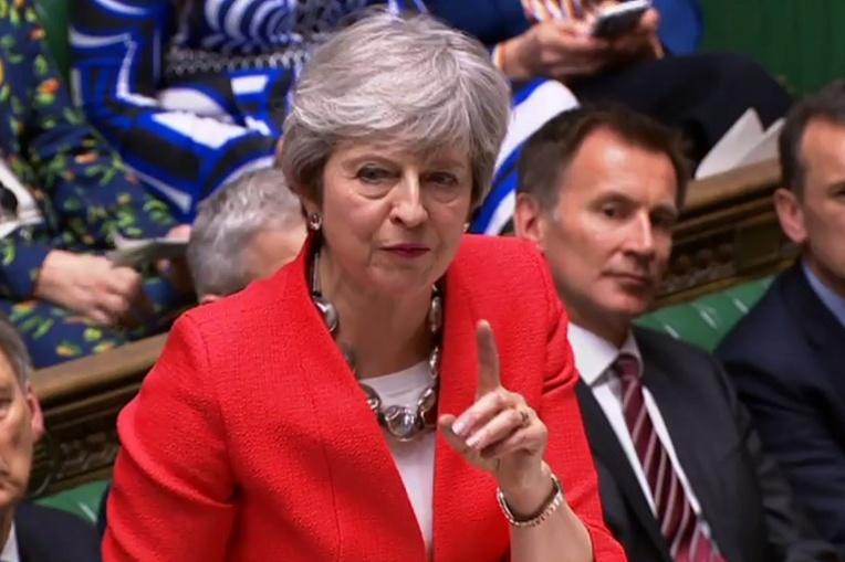 """Brexit: efforts tous azimuts pour éviter un """"no deal"""""""