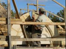 Notre-Dame: manque de tailleurs de pierre et charpentiers pour la reconstruction (Compagnons du devoir)