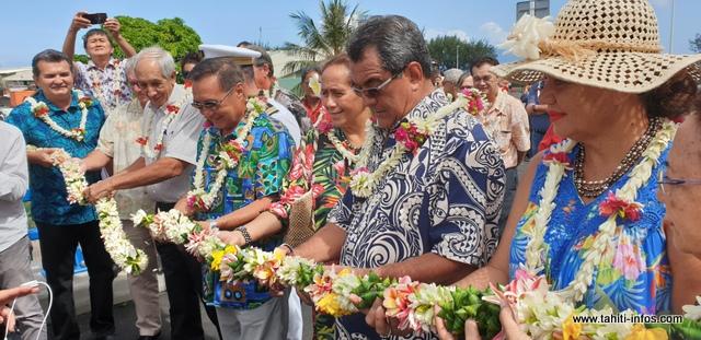 La sortie de Motu Uta se fera désormais sur le nouveau pont qui a été inauguré ce mardi matin, en présence du président du pays, Edouard Fritch,des membres de son gouvernement et du maire de Papeete, Michel Buillard.