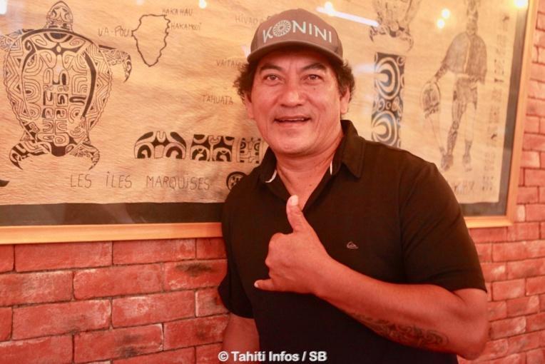 Rataro, un artiste engagé également dans le développement du va'a