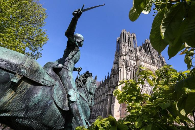 Les centaines de millions pour Notre-Dame font débat