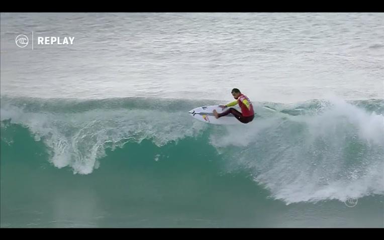 Surf Pro - Rip Curl Pro : Michel Bourez se qualifie pour le round 3