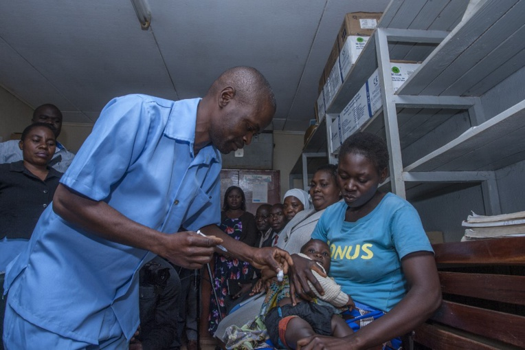 Le Malawi, théâtre du premier test à grande échelle d'un vaccin contre le paludisme