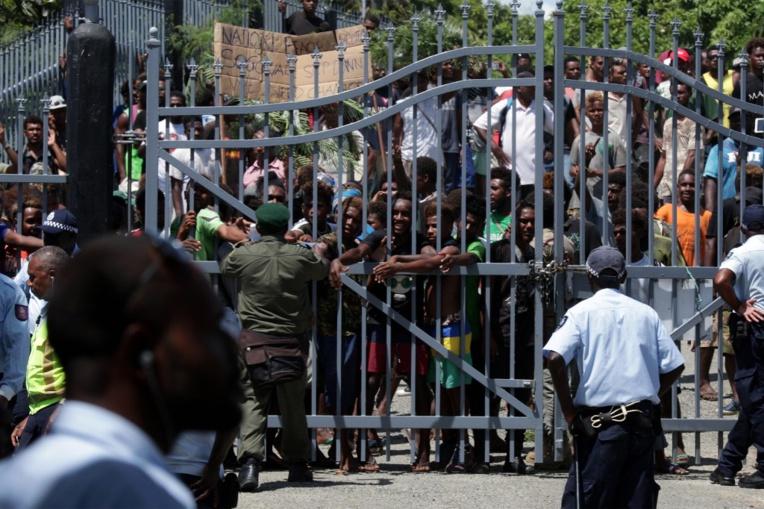 Iles Salomon: violences après la désignation du Premier ministre