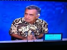 Oscar Temaru sur le plateau de Polynésie 1ère