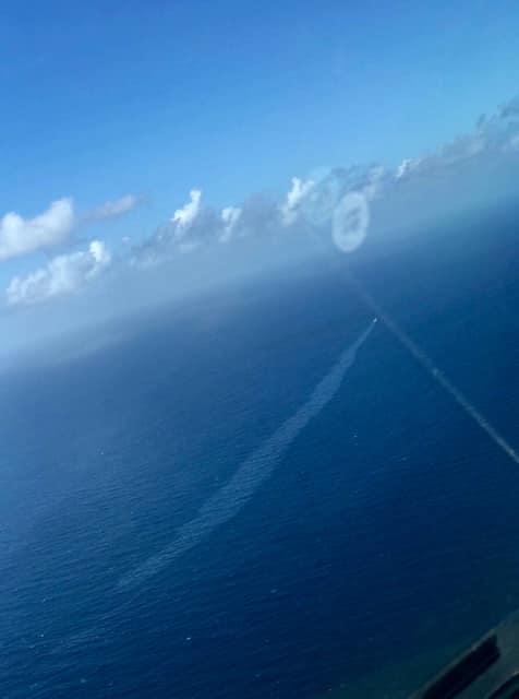 La suspicion de pollution a été signalée au JRCC Tahiti dimanche par les équipages de vol commerciaux. (Photo Facebook.)