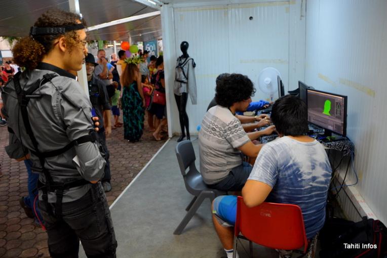 Les élèves de 1ere année de l'école Poly3D ont fait la démonstration de leurs premiers jeux, ainsi que des technologies de réalité augmentée