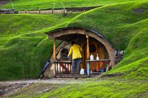 Nouvelle-Zélande: le Premier ministre préfère le Hobbit à la reine d'Angleterre